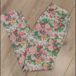 Makers Stretchy Floral Jeggings Sz 29